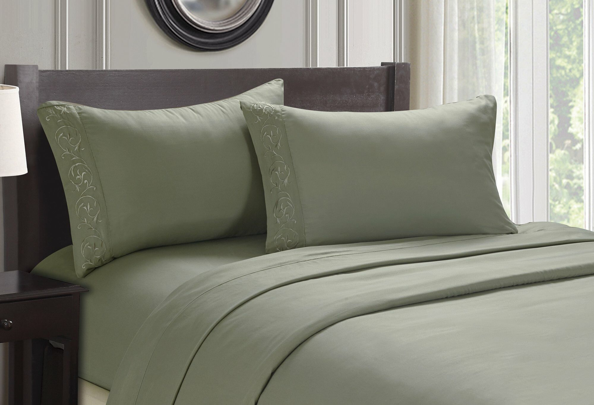 Ledbury Twin Size Soft Touch Venus Embroidered Sheet Set Size: Queen, Color: Sage