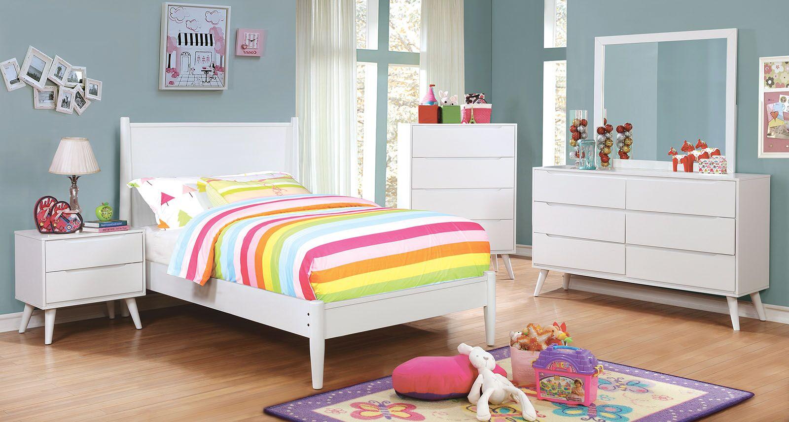 Eckles Platform Bed Size: King, Color: White