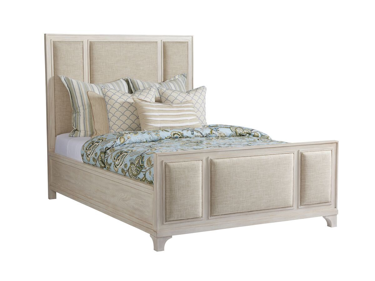 Newport Upholstered Platform Bed Size: Queen, Color: Sailcloth