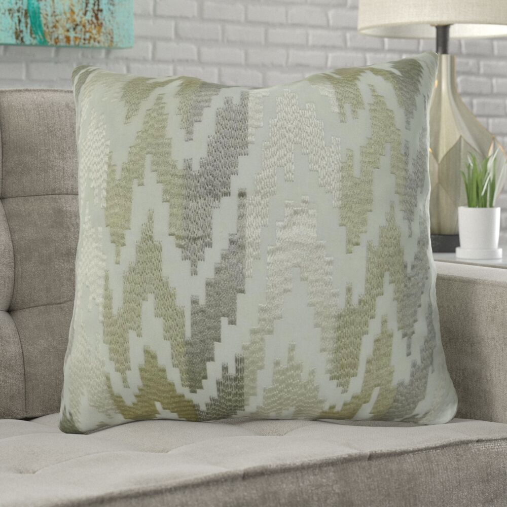 Lamkin Luxury Pillow Size: 26