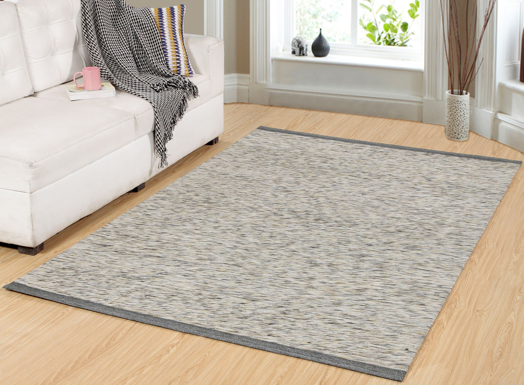 Hawtree Hand-Woven Gray/Gold Area Rug Rug Size: Rectangle 4' x 6'