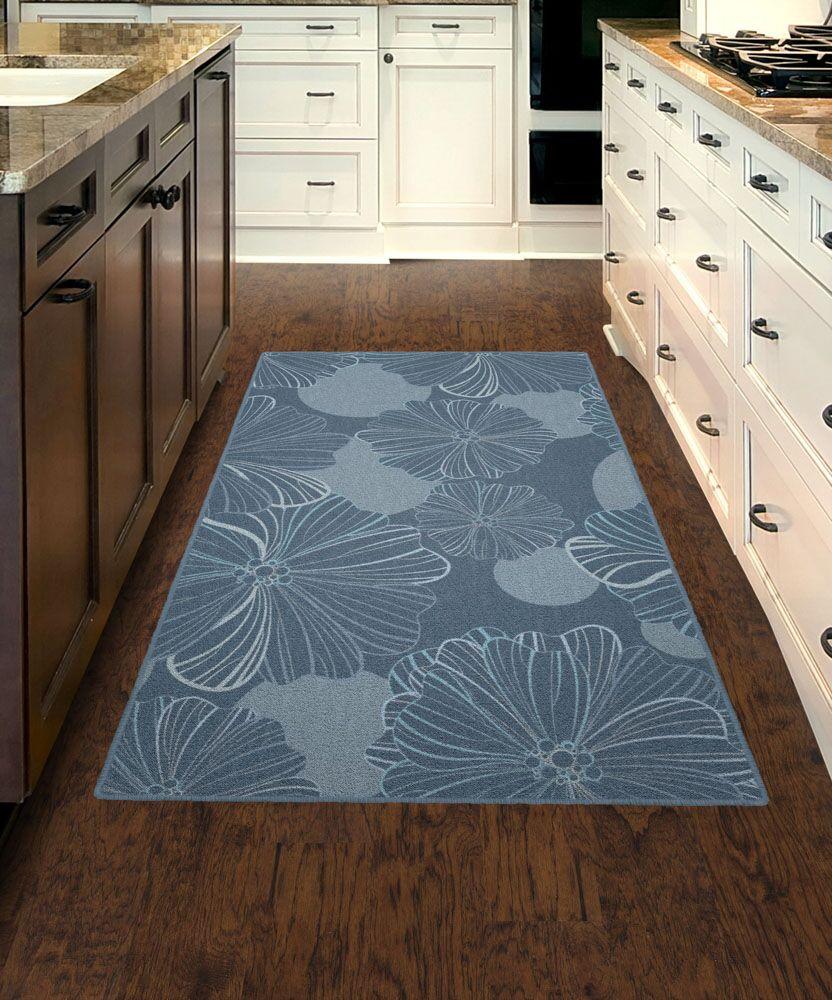 Bonnie Oversized Flowers Gray/Blue Area Rug Rug Size: Rectangle 7'6