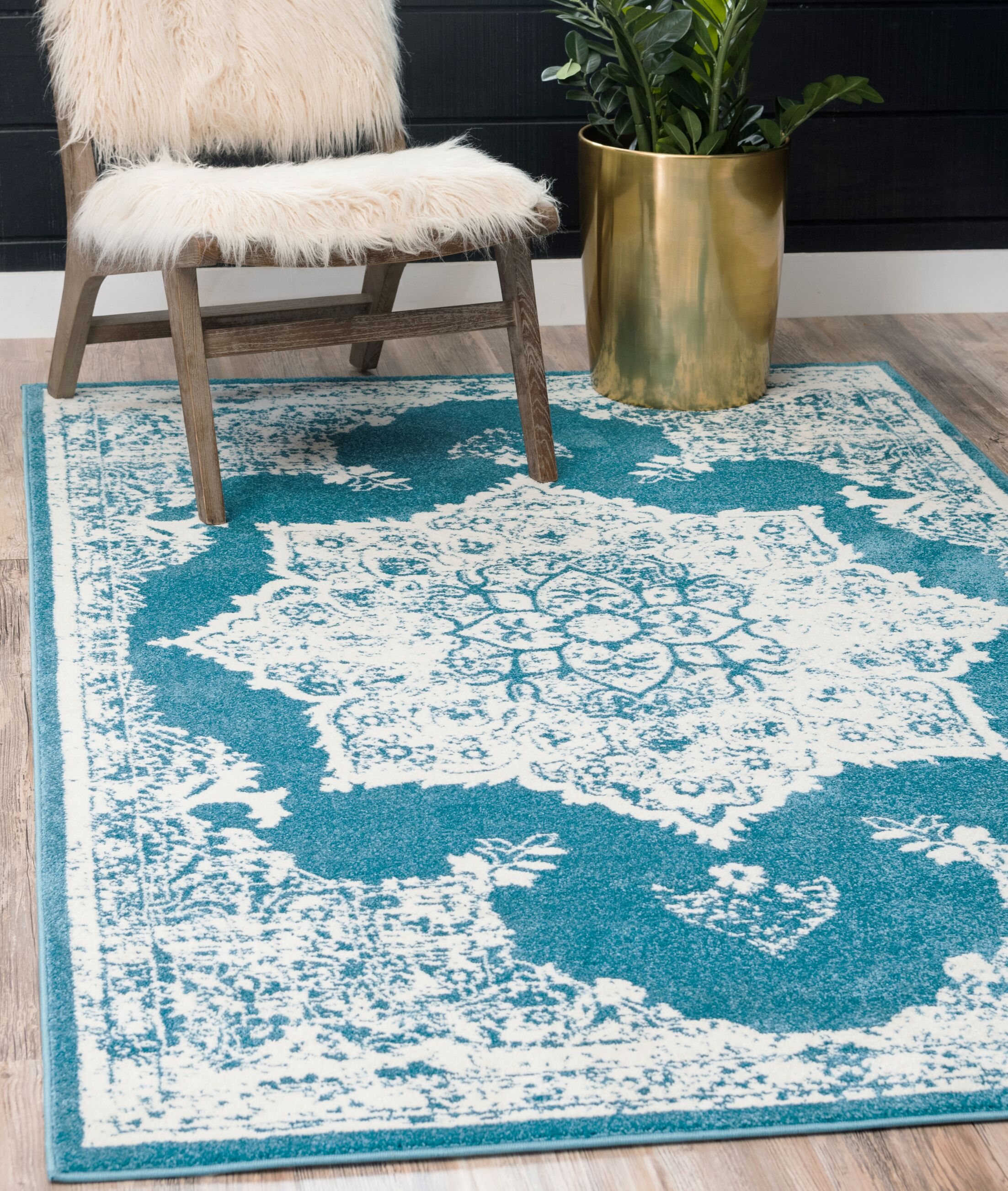 Hartell Blue Area Rug Rug Size: Rectangle 5' x 8'