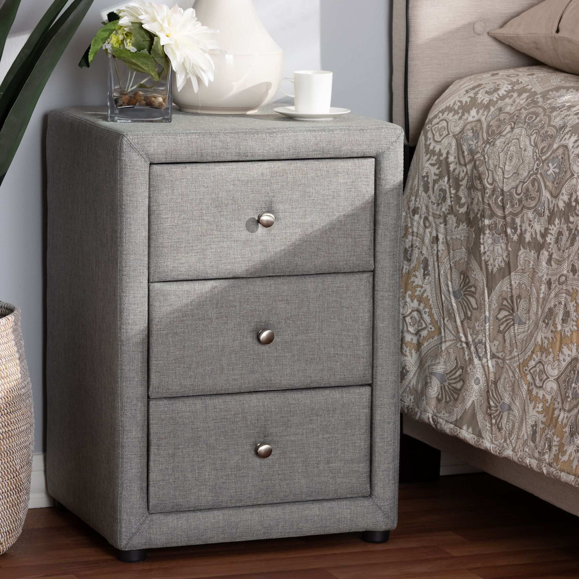 Leff 3 Drawer Nightstand Color: Gray