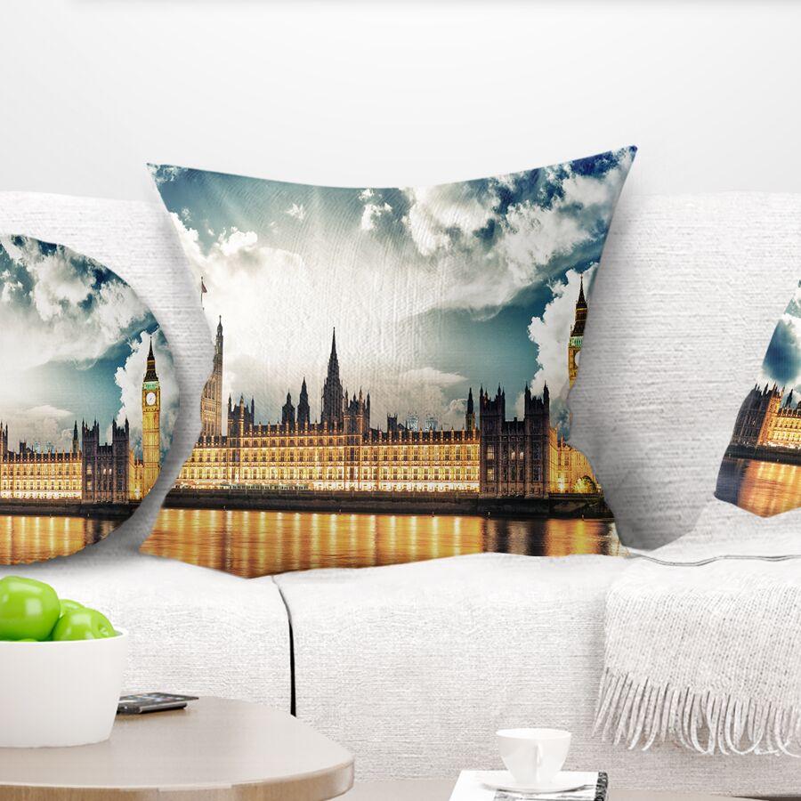 Big Ben UK and House of Parliament Pillow Size: 16