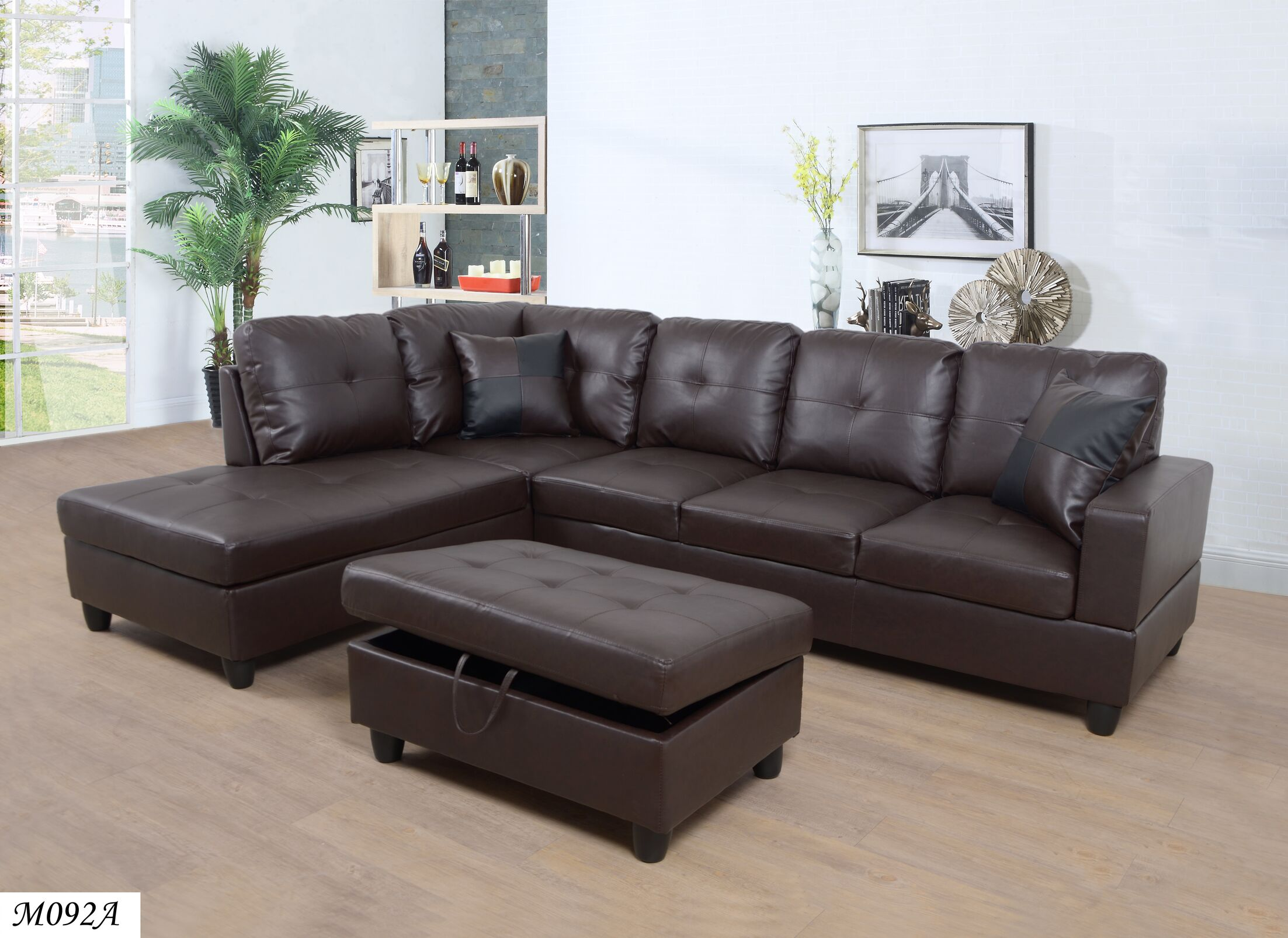 Maleah Sectional with Ottoman Orientation: Right Hand Facing
