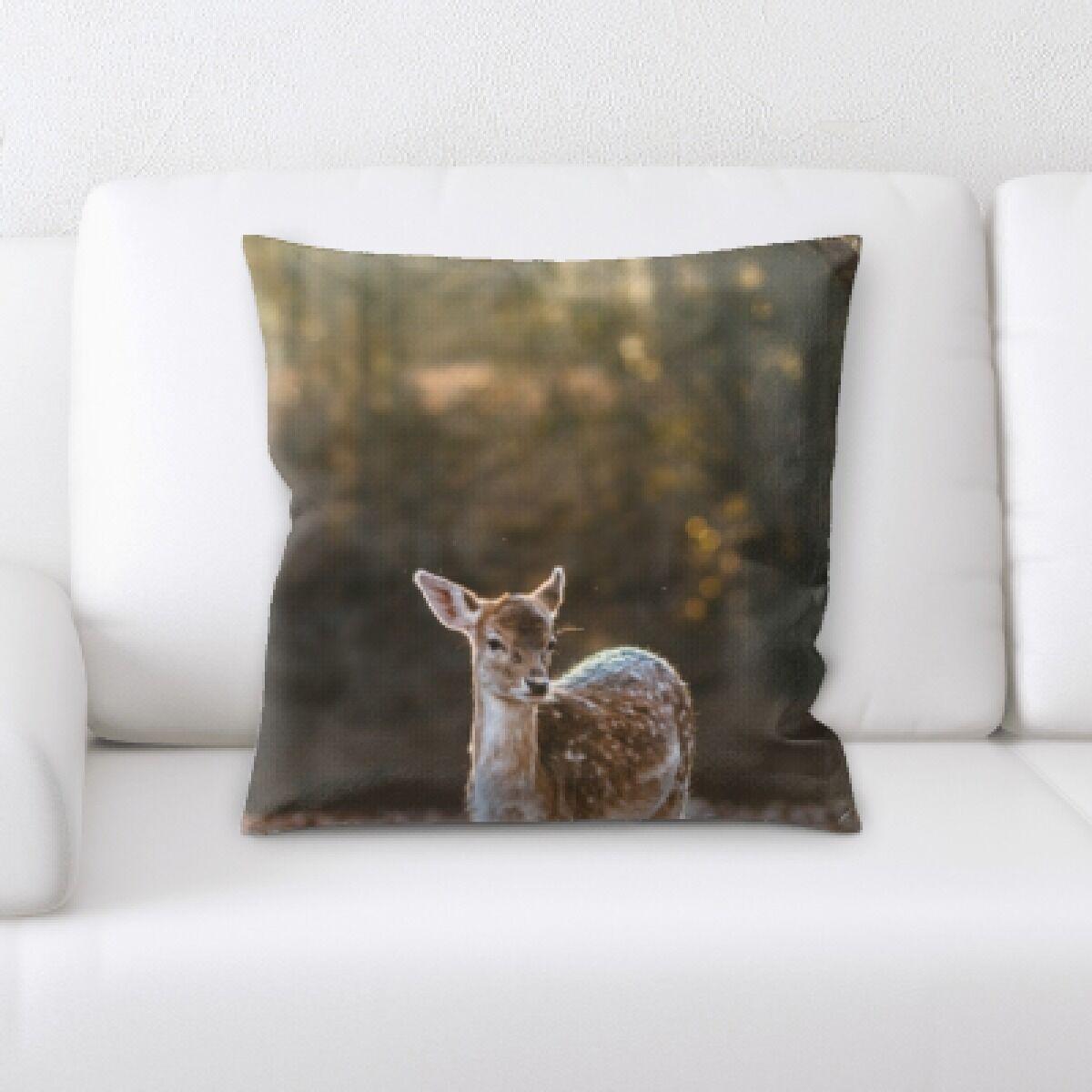 Eaman Animal (99) Throw Pillow