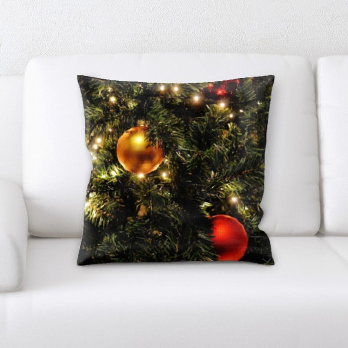 Congo Christmas Decorations (1) Throw Pillow