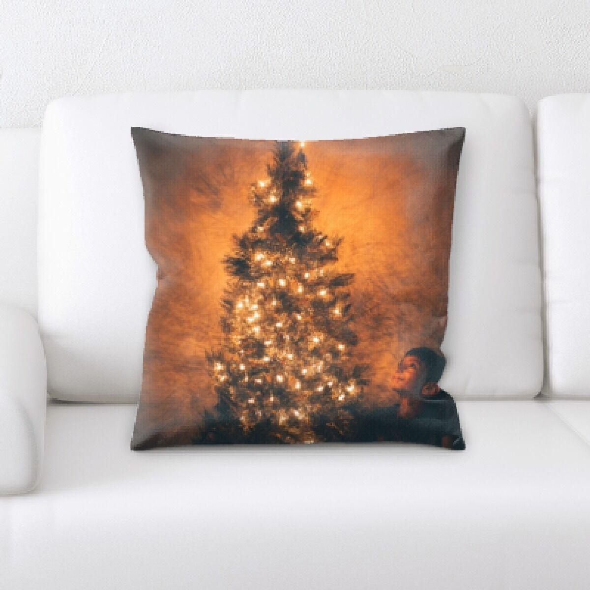 Congo Christmas Tree (3) Throw Pillow