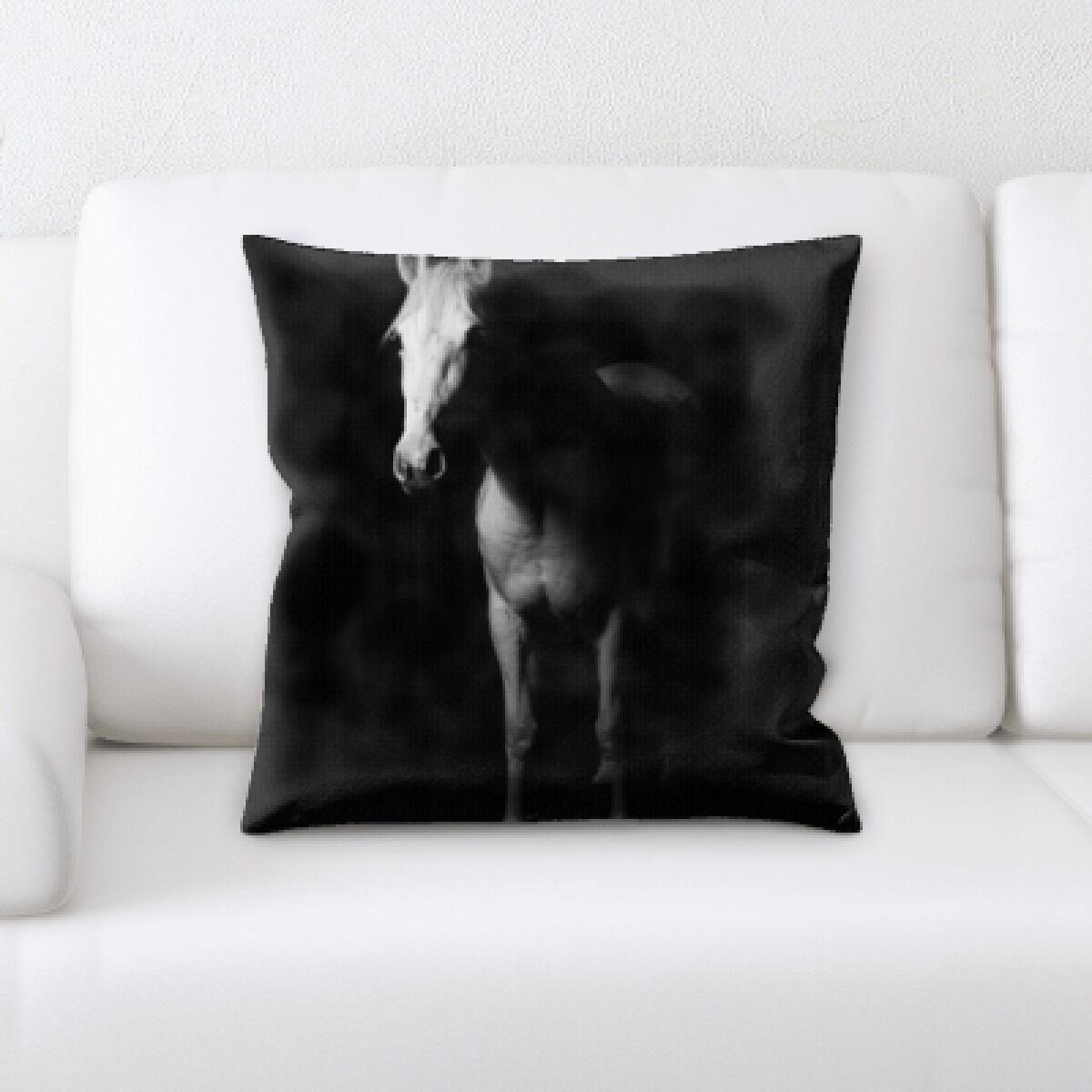 Laird Horse (17) Throw Pillow