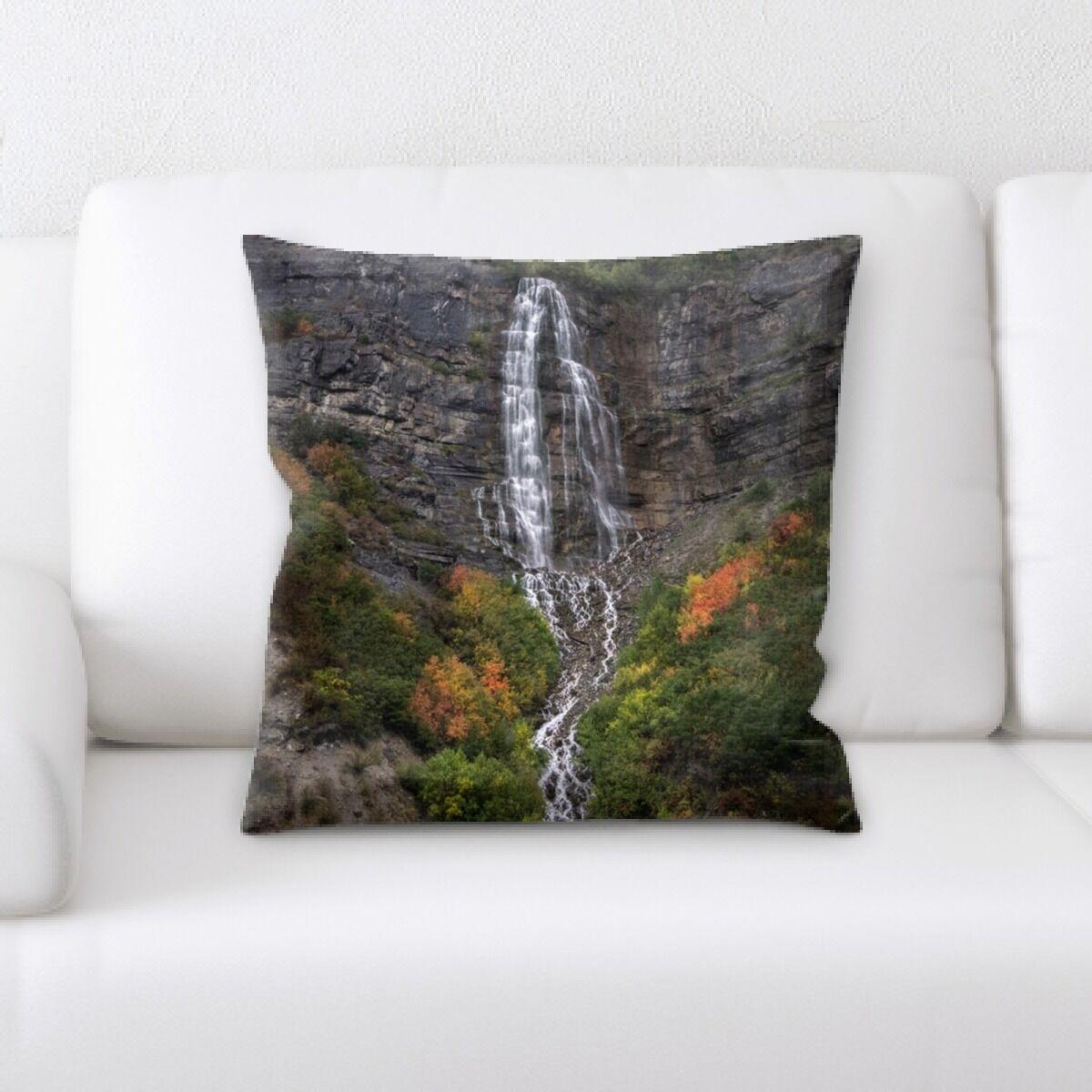 Case Mountain and Cliffs (235) Throw Pillow