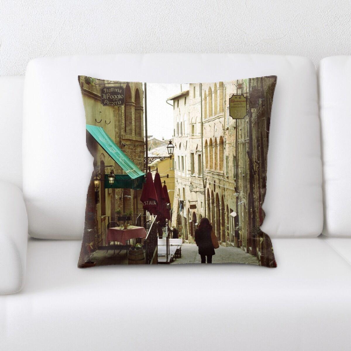 Street Life (59) Throw Pillow