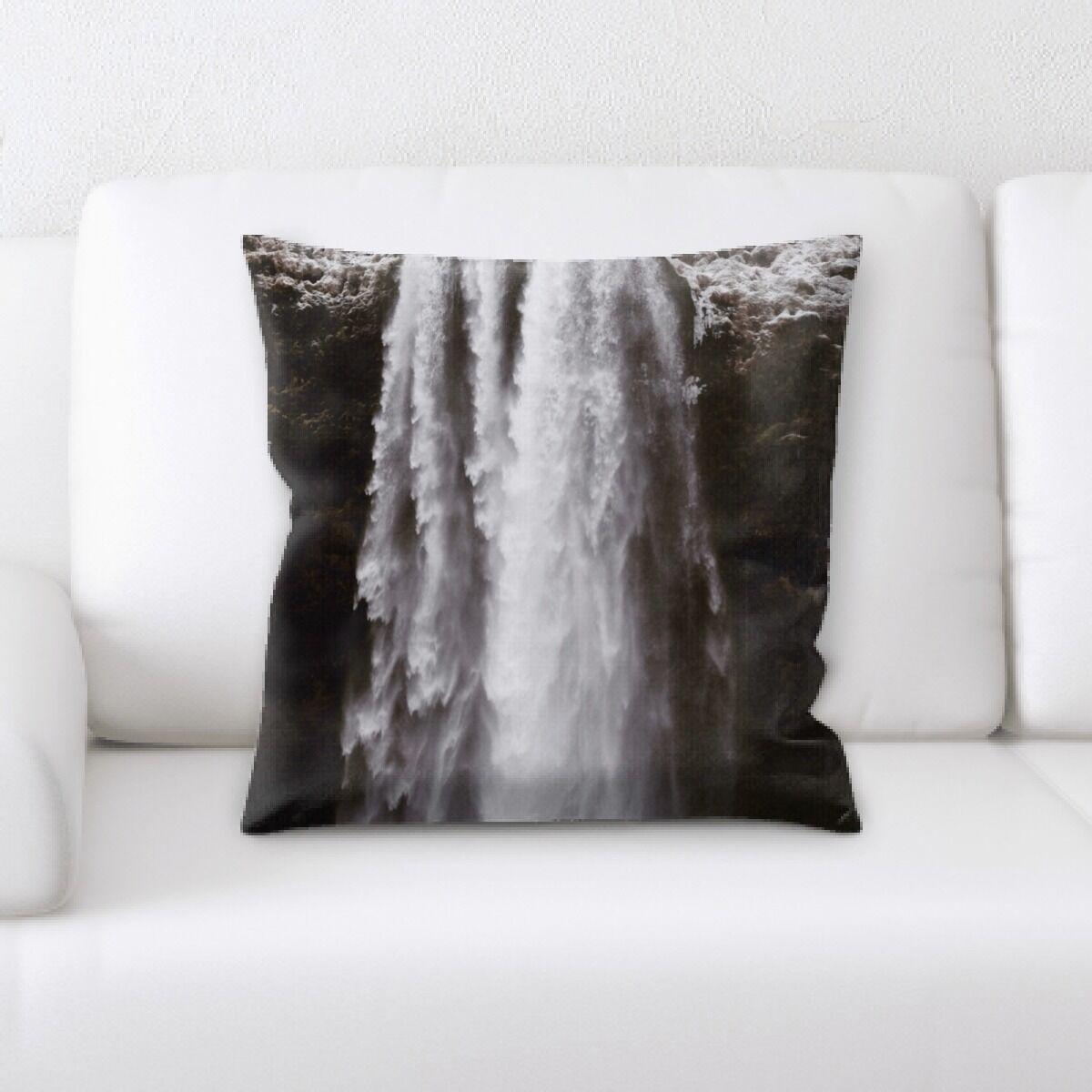 Lanier Waterfall (192) Throw Pillow