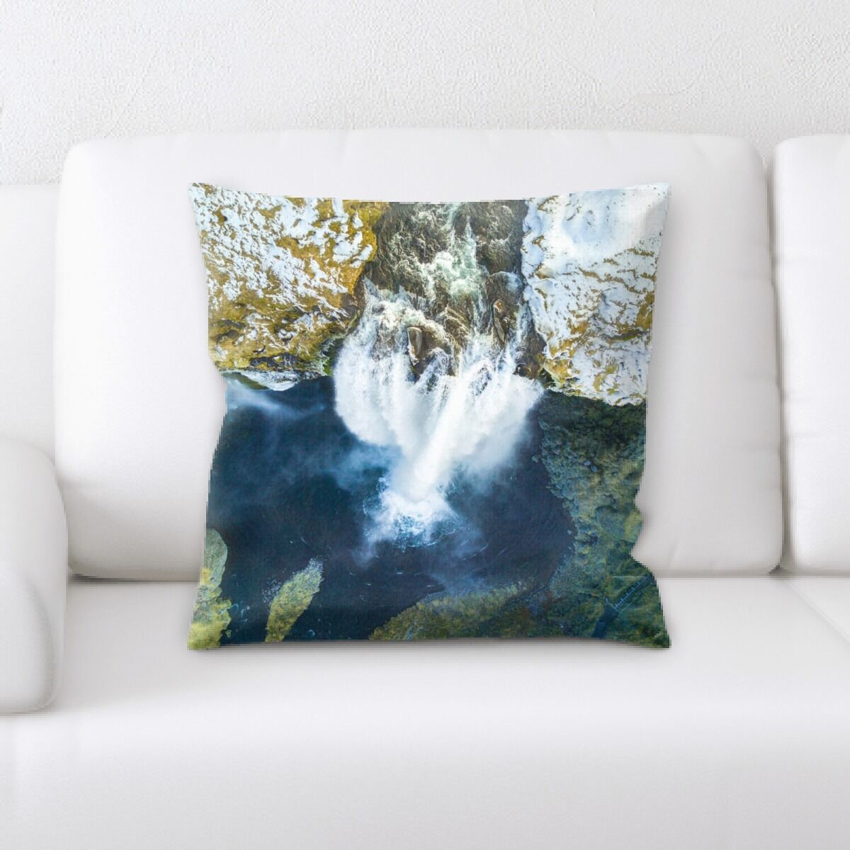 Lanier (224) Throw Pillow