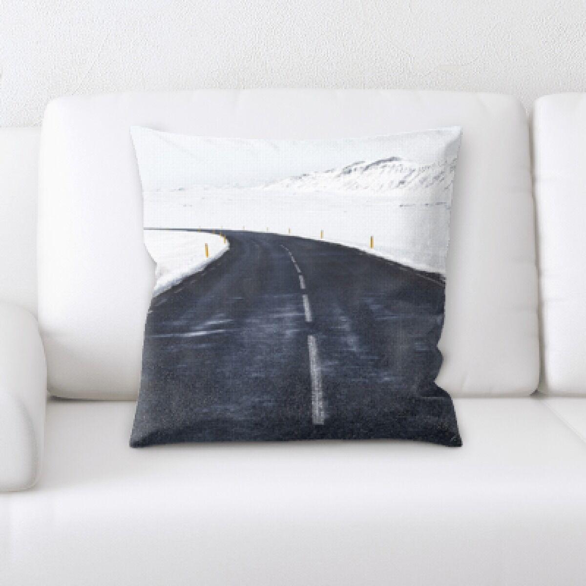 Landrum (130) Throw Pillow