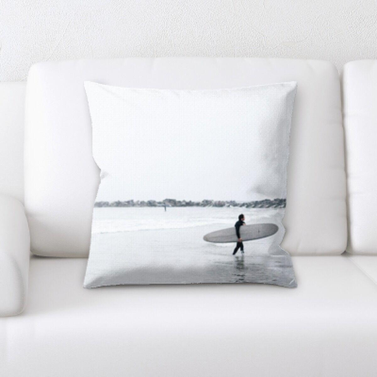 Kitchen The Great Sea (139) Throw Pillow