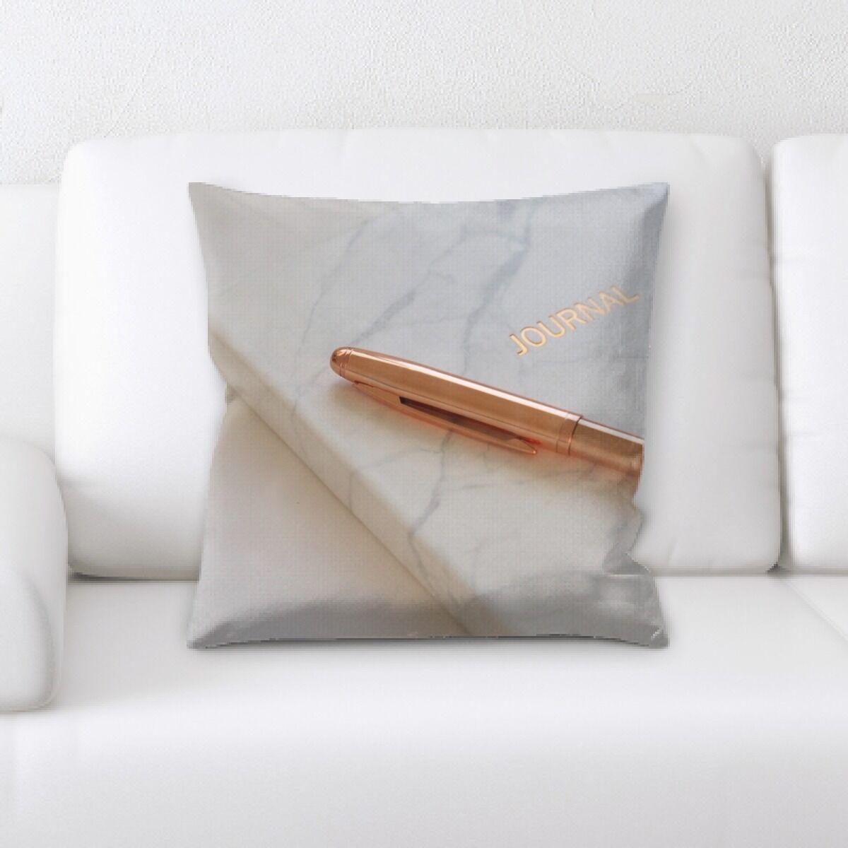 Hangah (62) Throw Pillow