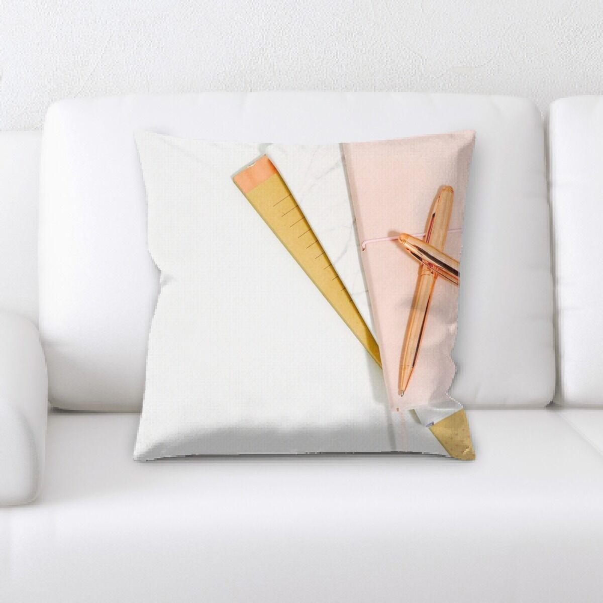 Hangah (57) Throw Pillow