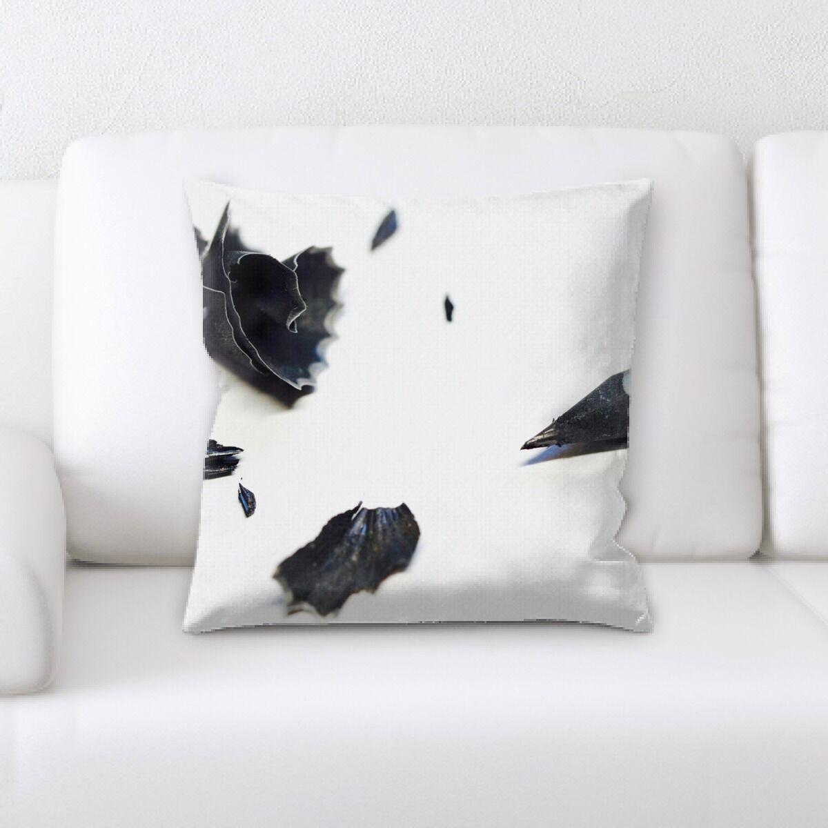 Hangah (58) Throw Pillow