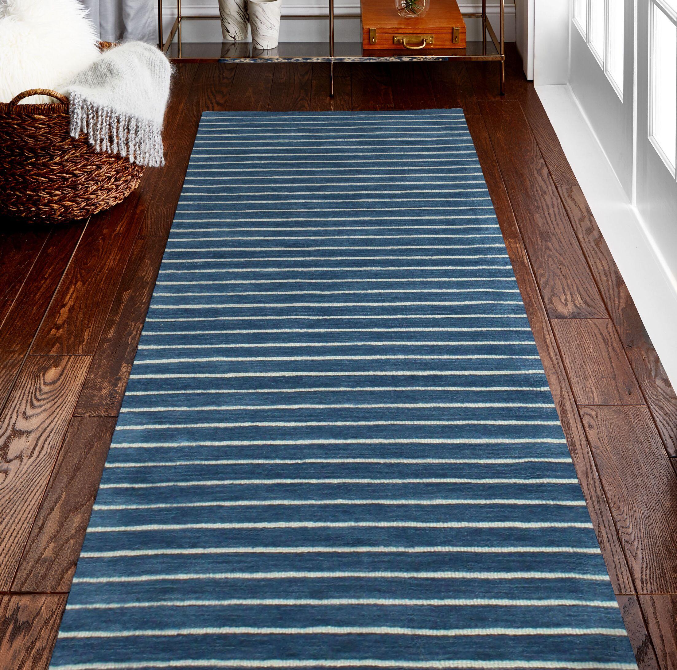 Hawkinson Wool Azure Area Rug Rug Size: Rectangle 5' x 7'6
