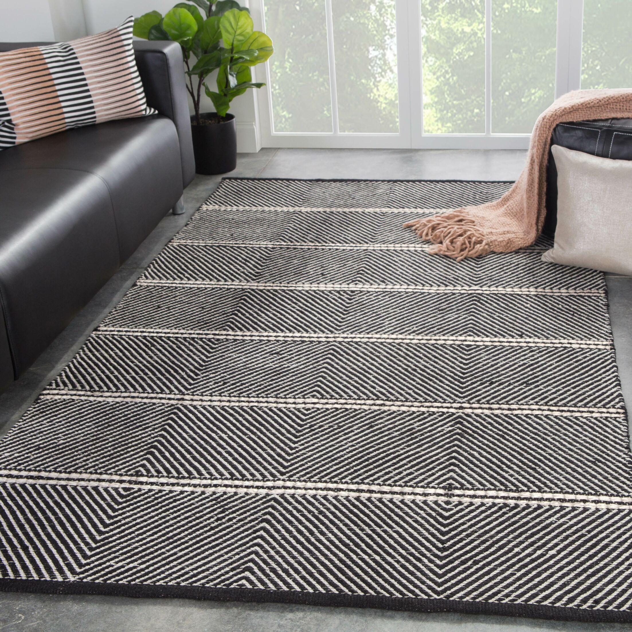 Keswick Geometric Hand-Woven Gray Area Rug Rug Size: Rectangle2' x 3'
