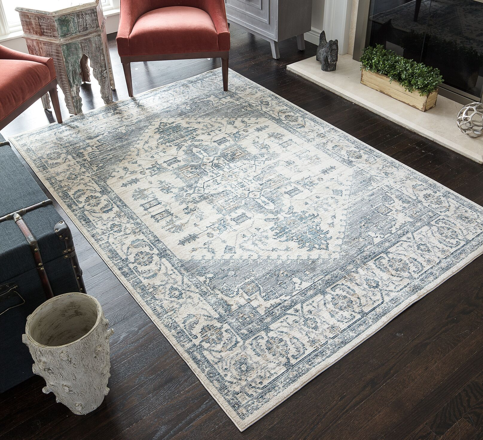 Park Classic Ivory/Grey Area Rug Rug Size: Rectangle 5' x 7'
