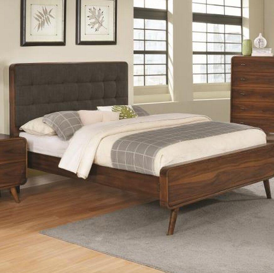 Perlman Upholstered Platform Bed Size: Queen