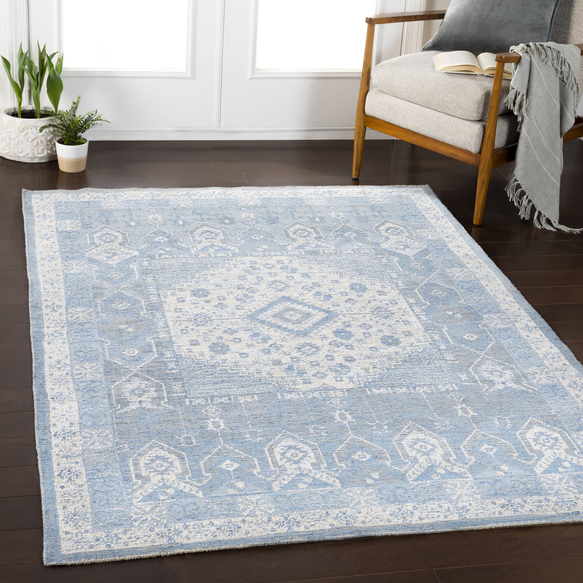 Tybalt Traditional Sky Blue Area Rug Rug Size: Runner 2'7
