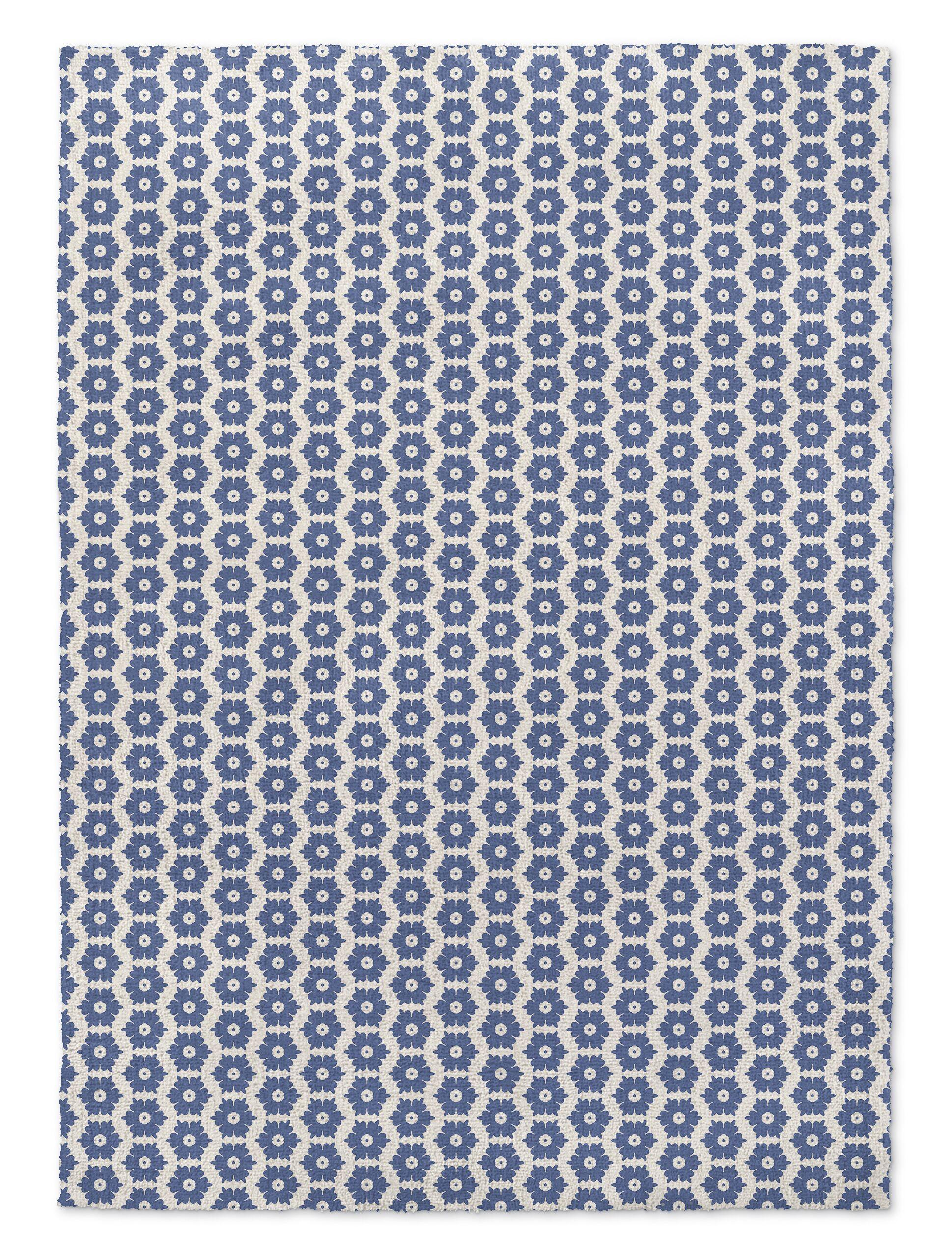 Tara Blue Area Rug Rug Size: Rectangle 3' x 5'