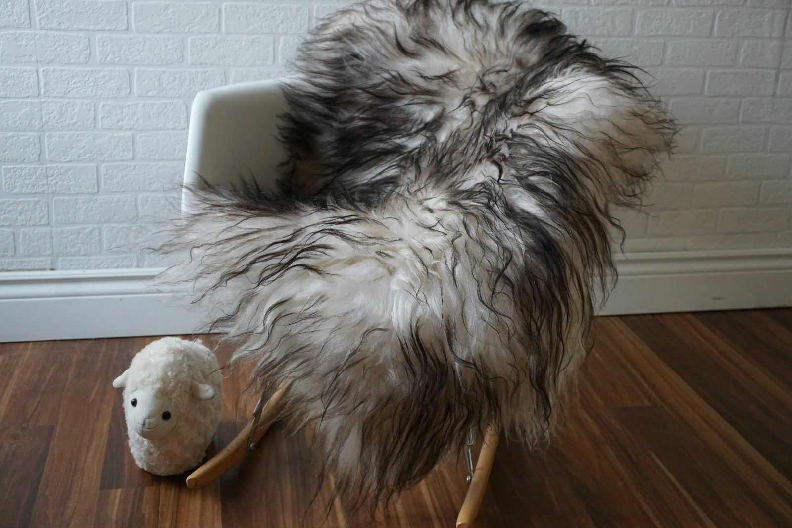 Karthic Hand-Woven White/Black Area Rug