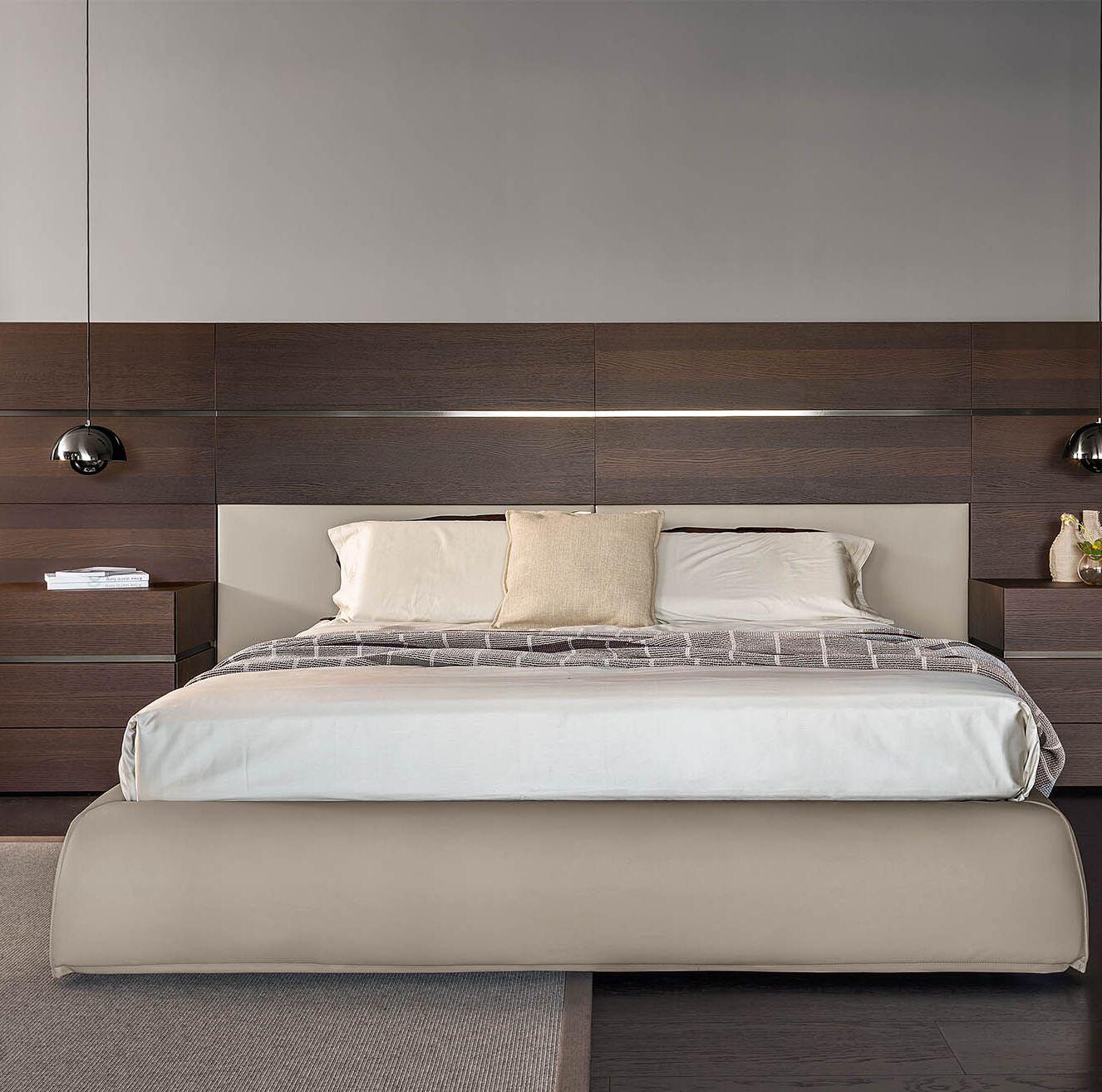 People Upholstered Platform Bed Size: King
