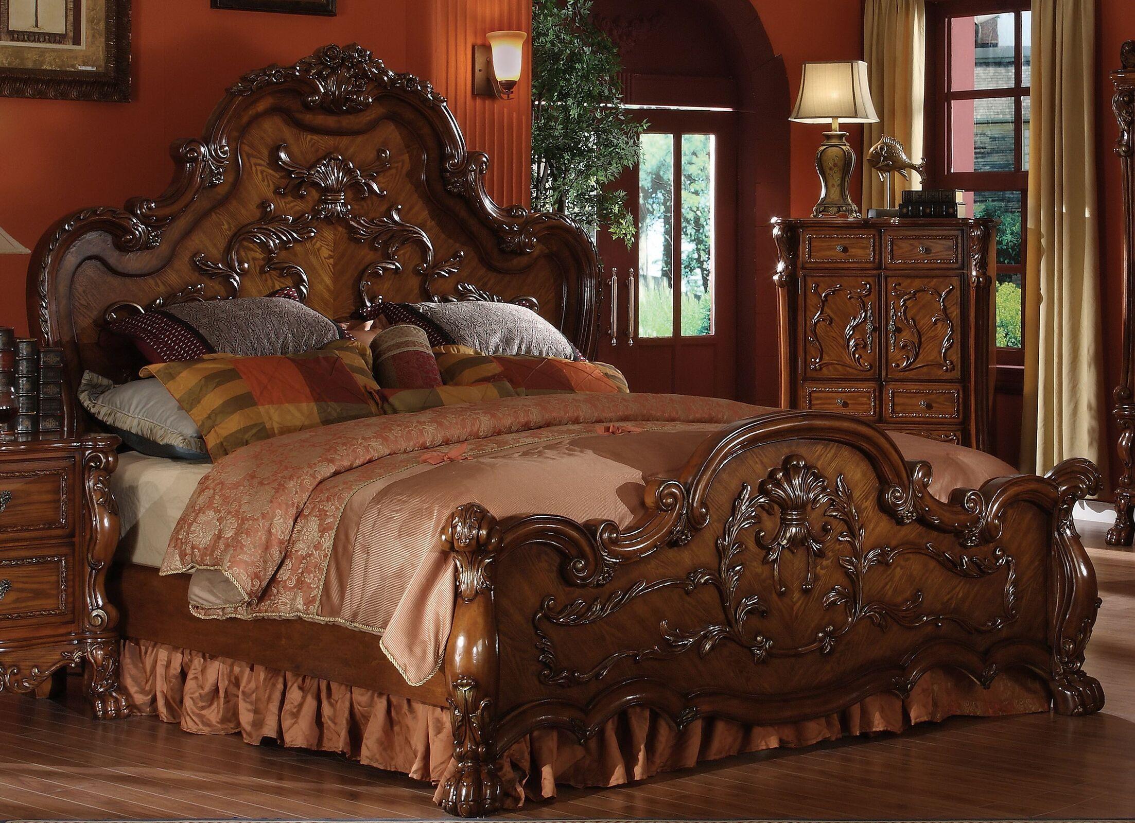 Serena Panel Bed Size: Queen