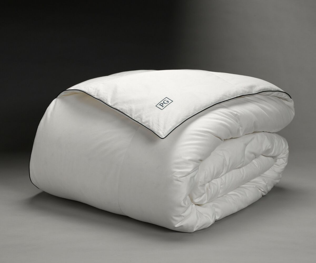 All Season Down Comforter Size: King/California King
