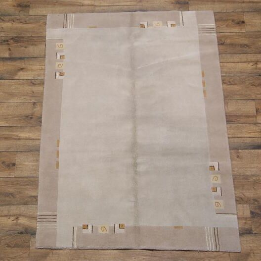 Blanche Nepal Tibet Traditional Oriental Hand-Knotted Wool Gray Area Rug