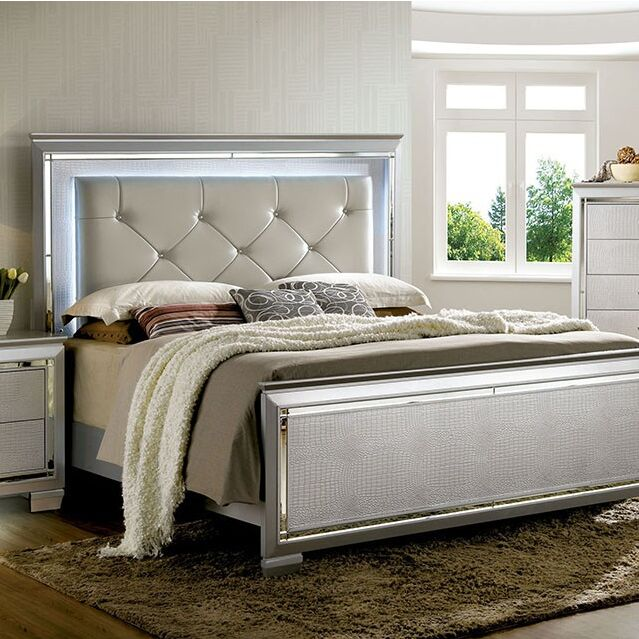 Sidney Upholstered Panel Bed Size: Queen, Color: Silver
