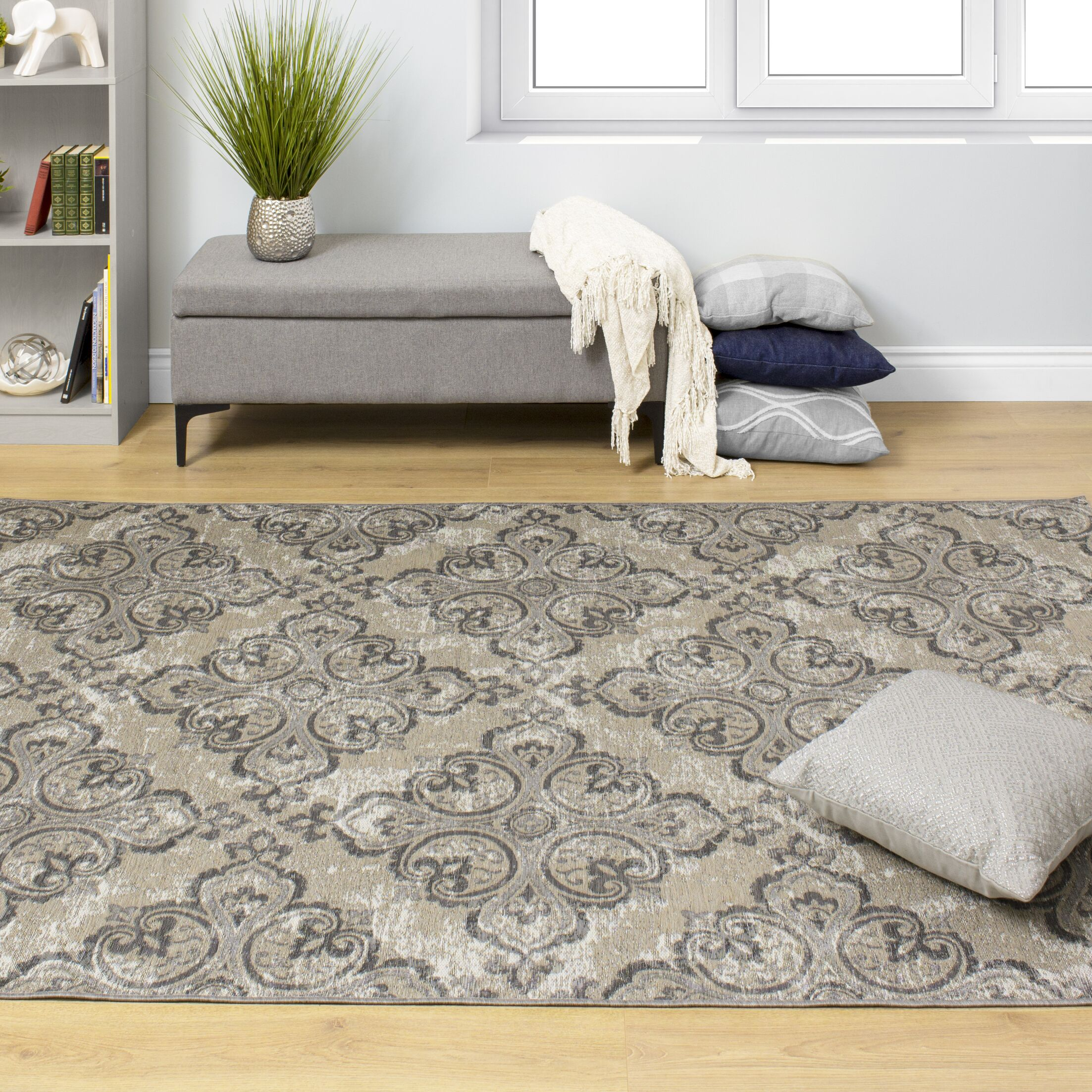 Holden Jacquard Pattern Gray/Beige Indoor/Outdoor Area Rug Rug Size: Rectangle 5'3'' x 7'7''