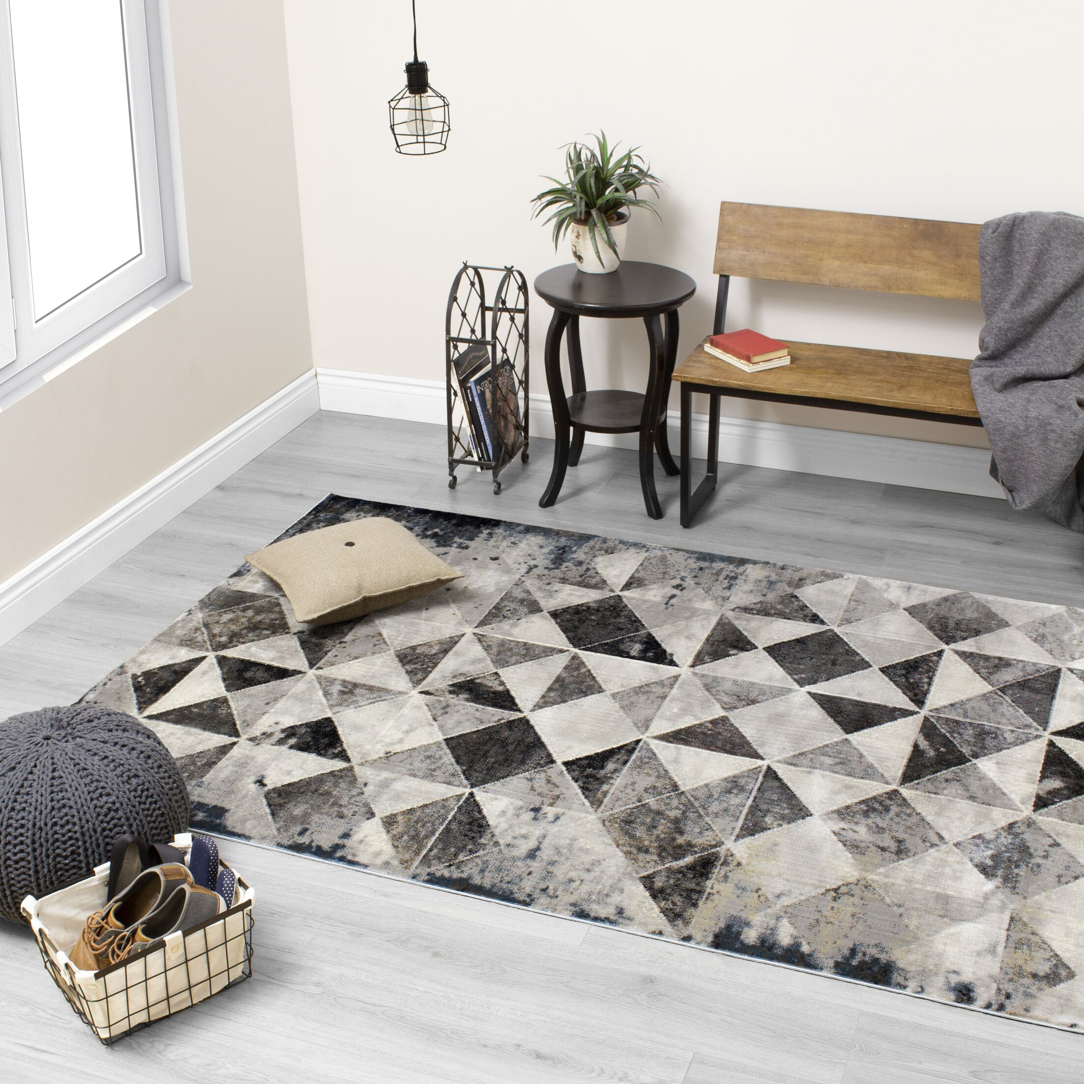 Ted Distressed Triangles Cream/Gray Area Rug Rug Size: Rectangle 7'10