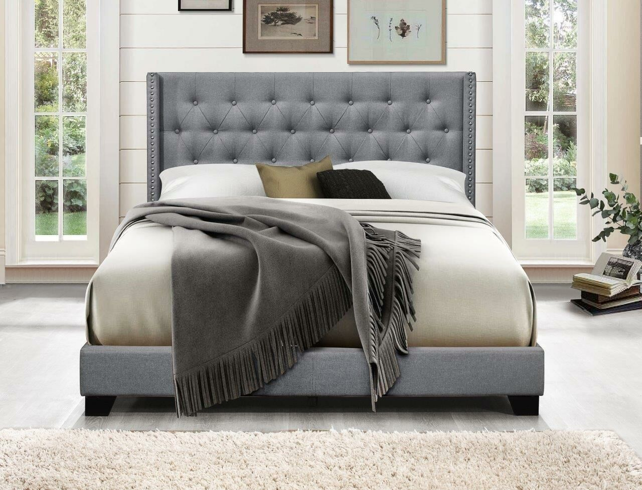 Camren Upholstered Panel Bed Color: Light Gray, Size: Queen