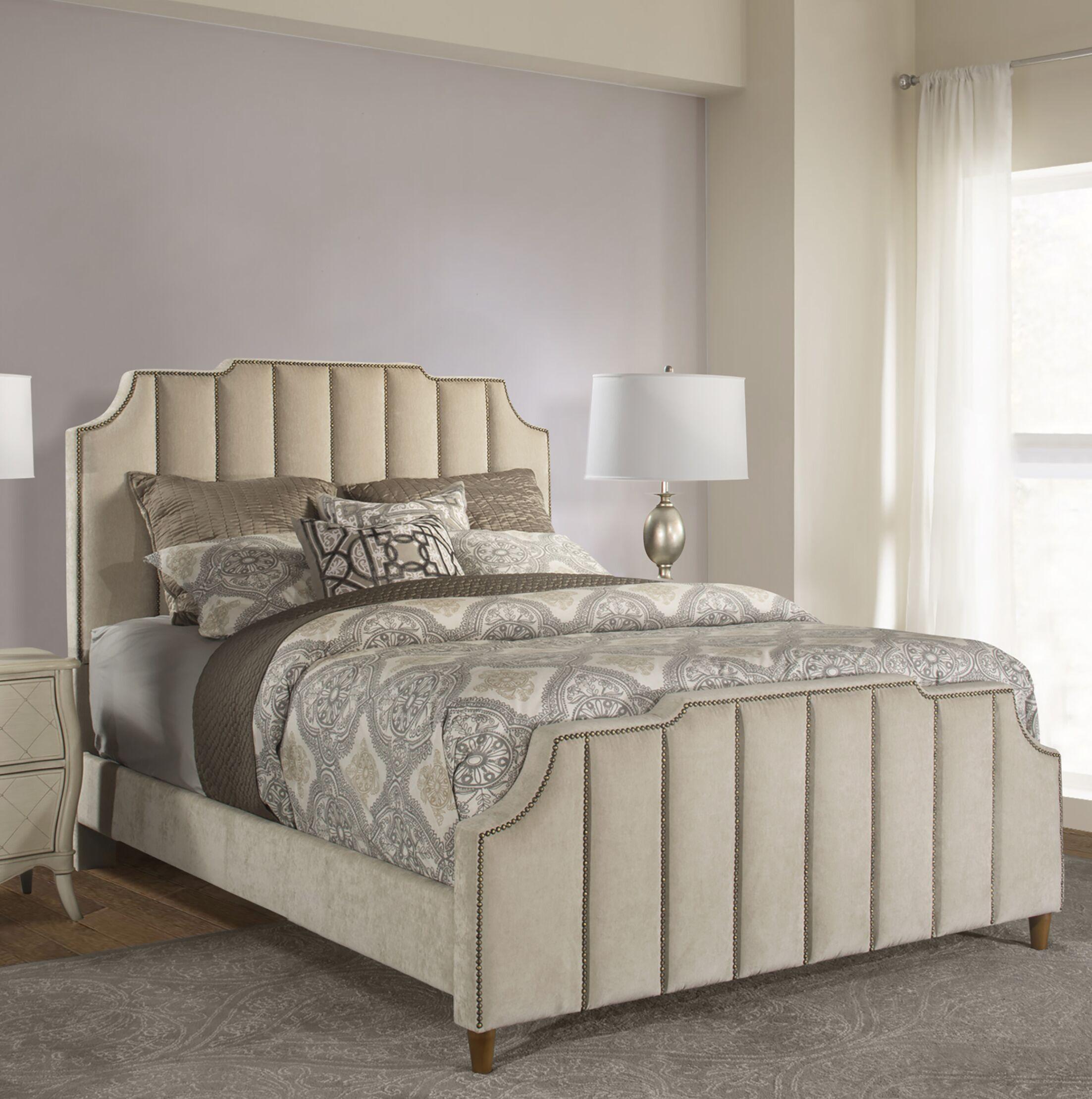 Atalaya Upholstered Platform Bed Size: Queen