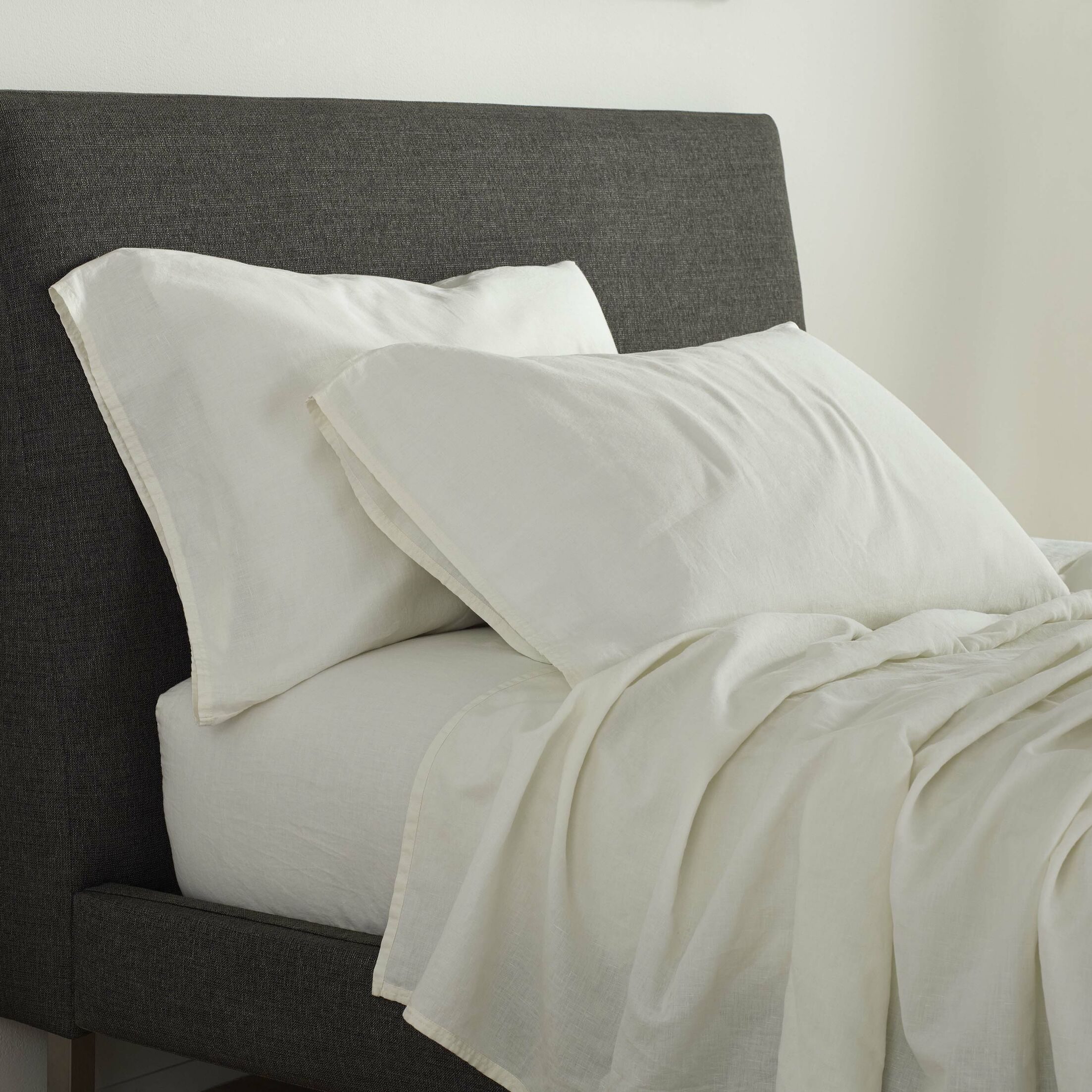 Orion 130 Thread Count Sheet Set Color: Marshmallow, Size: Queen