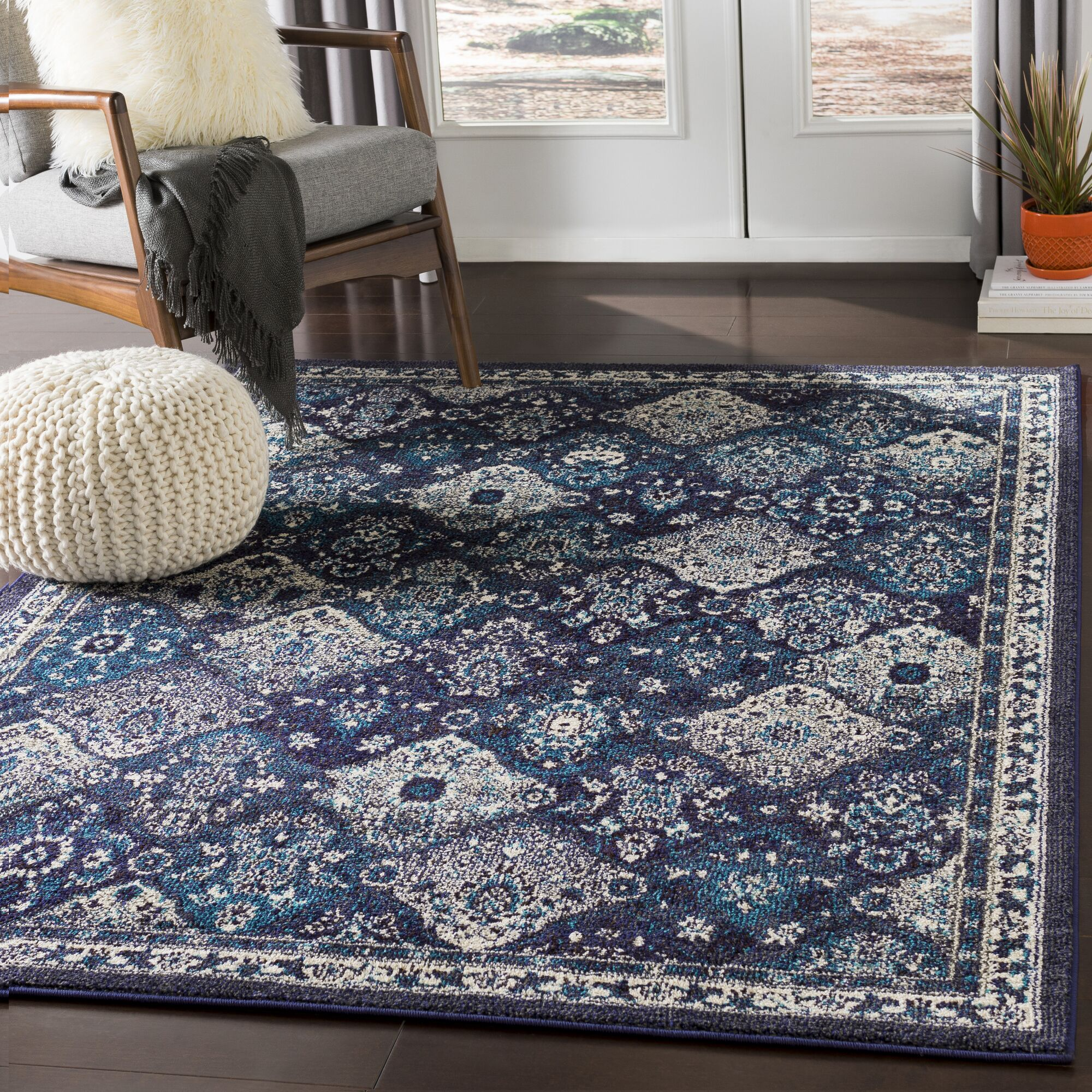 Berry Medallion Blue/Gray Area Rug Rug Size: Rectangle 7'10