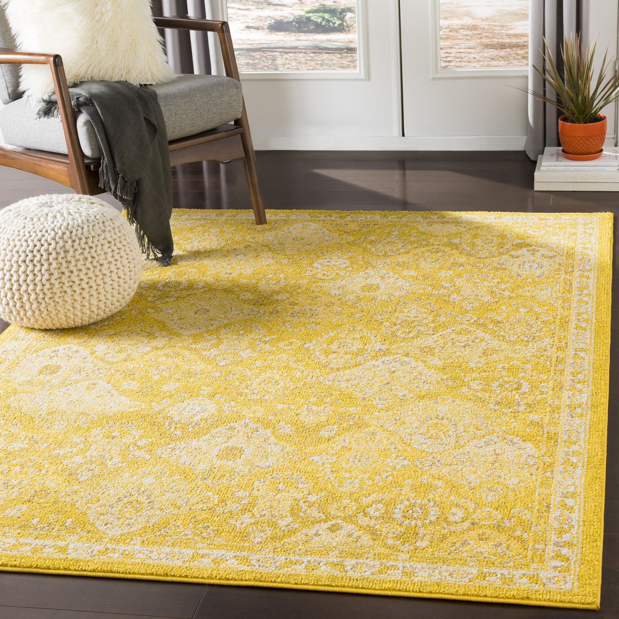 Berry Medallion Yellow Area Rug Rug Size: Rectangle 5'3