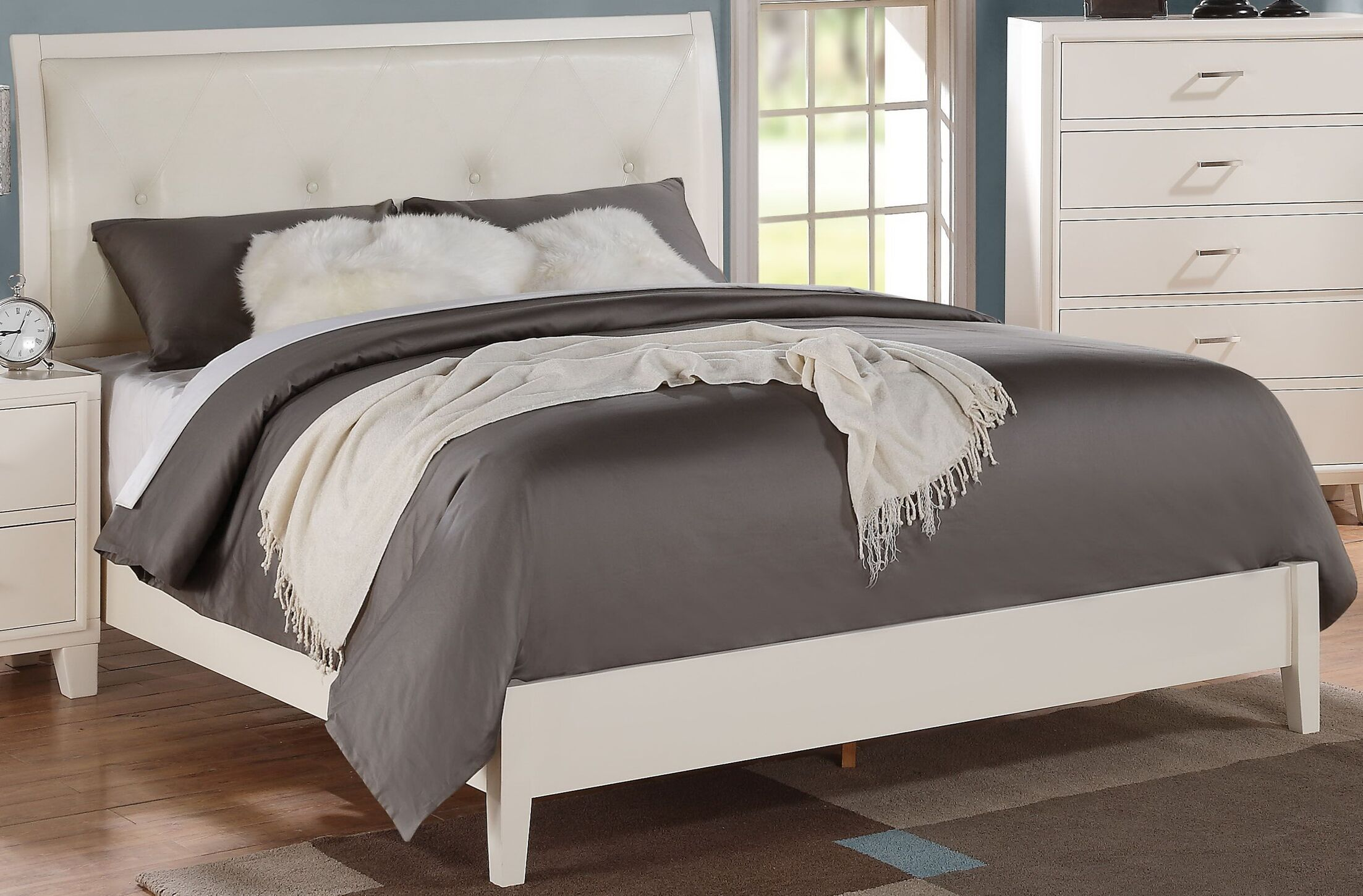 Saint Upholstered Panel Bed Size: Full, Color: White