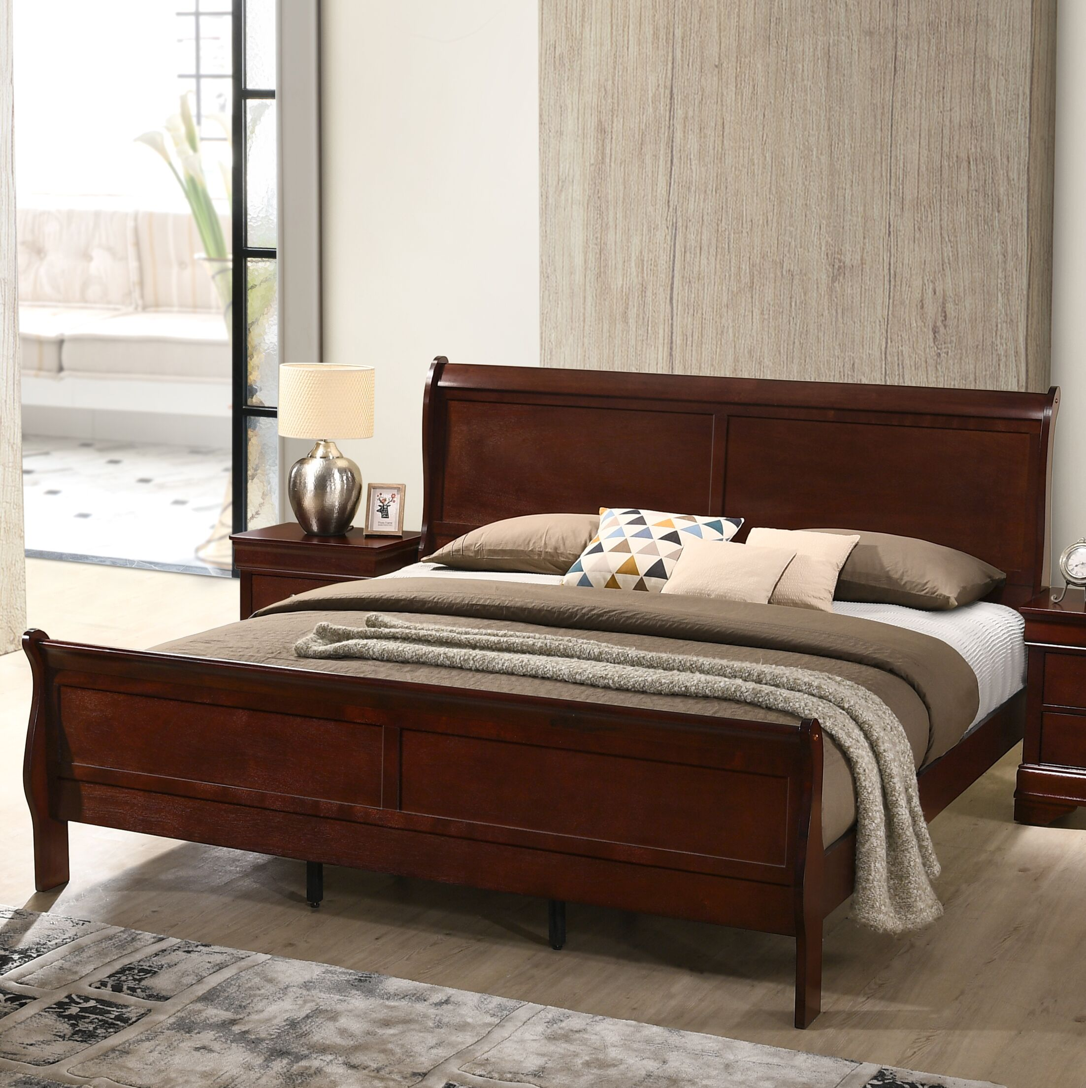 Braiden Sleigh 4 Piece Bedroom Set Size: Queen