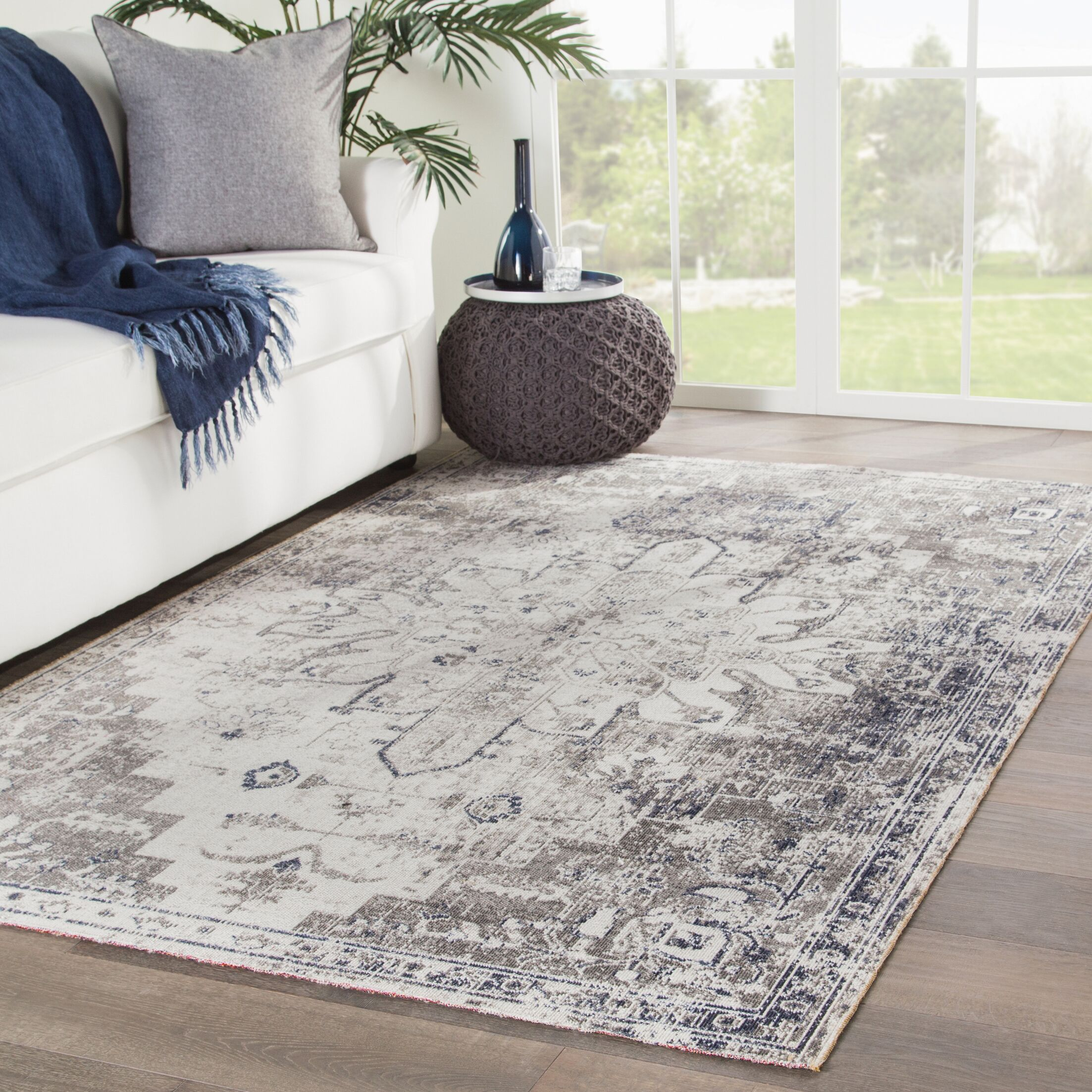 Fauntleroy Gray/Beige Indoor/Outdoor Area Rug Rug Size: Rectangle 7'6