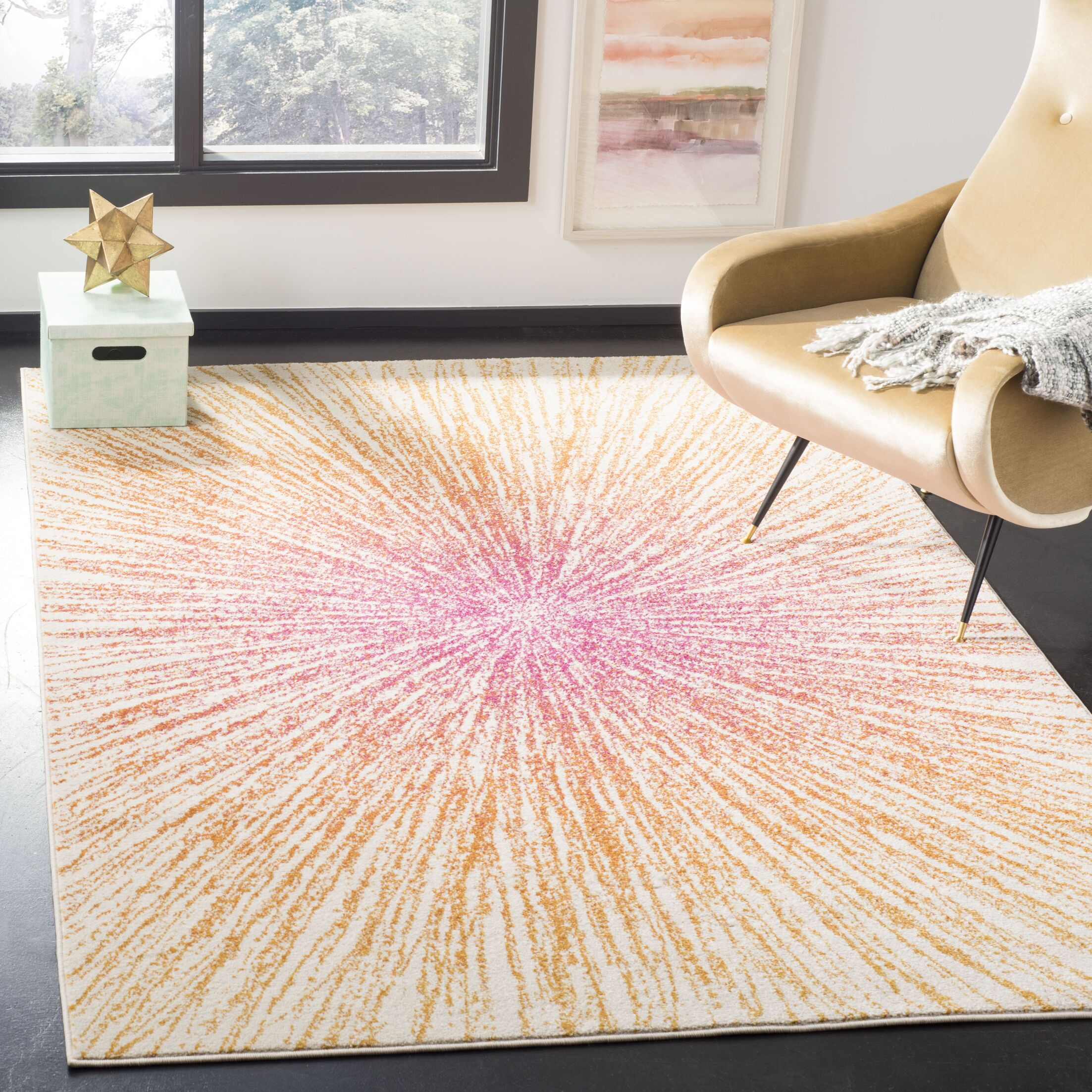 Hannan Fuchsia/Cream Area Rug Rug Size: Rectangle 6'7