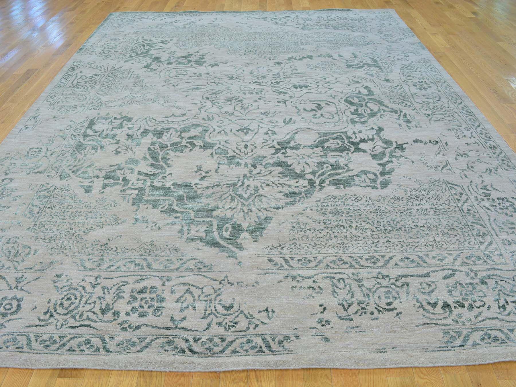 One-of-a-Kind Beare Broken Design Handwoven Green Wool/Silk Area Rug