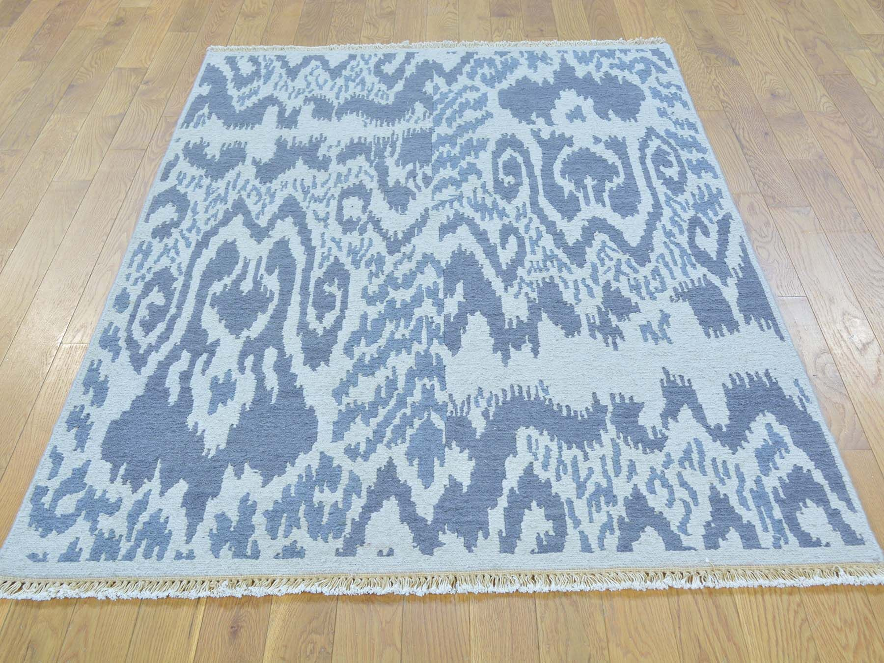 One-of-a-Kind Blatt Soumak With Ikat Design Handwoven Gray Wool Area Rug