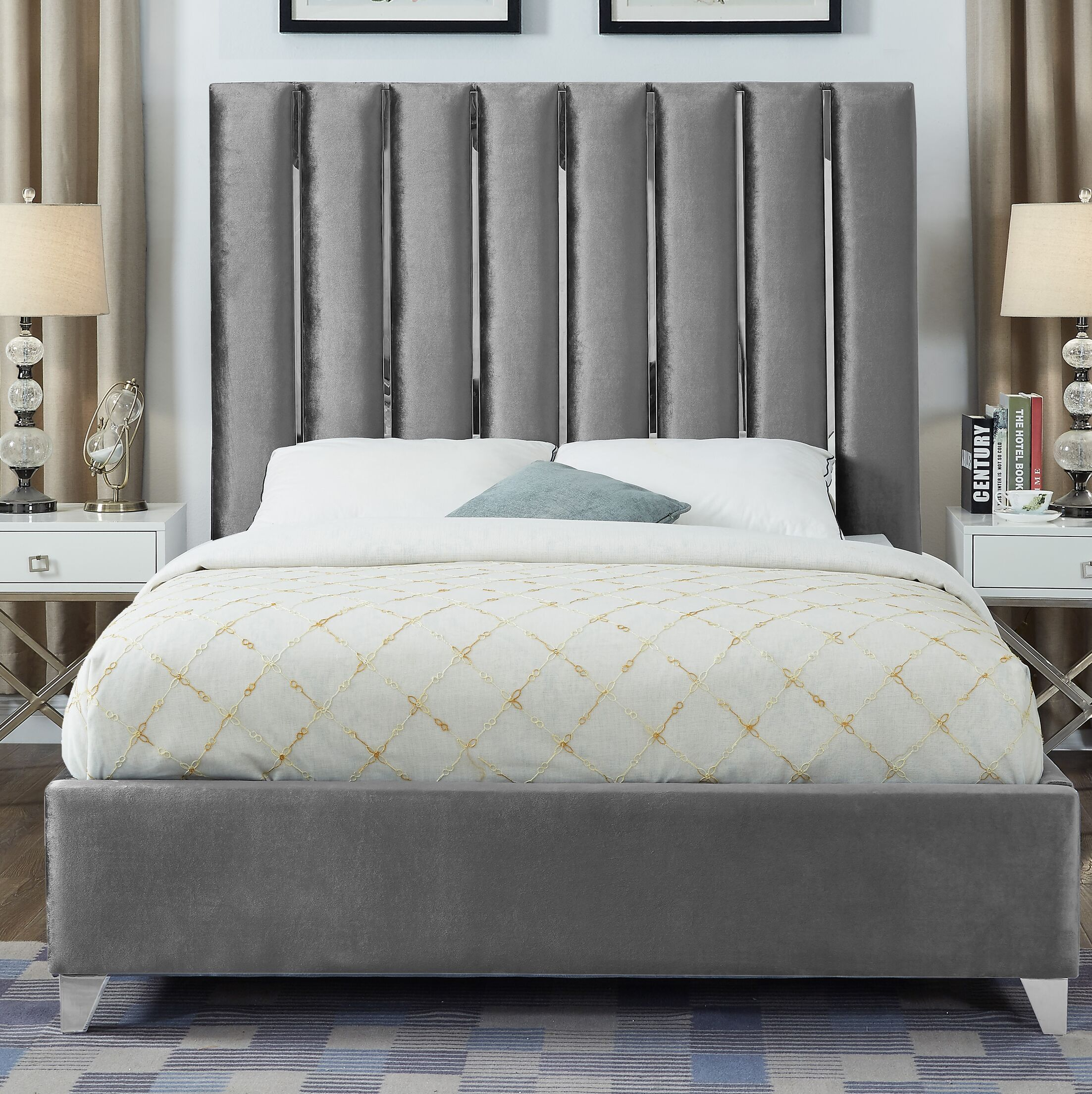 Dietrich Full/Double Upholstered Platform Bed Size: King, Color: Gray