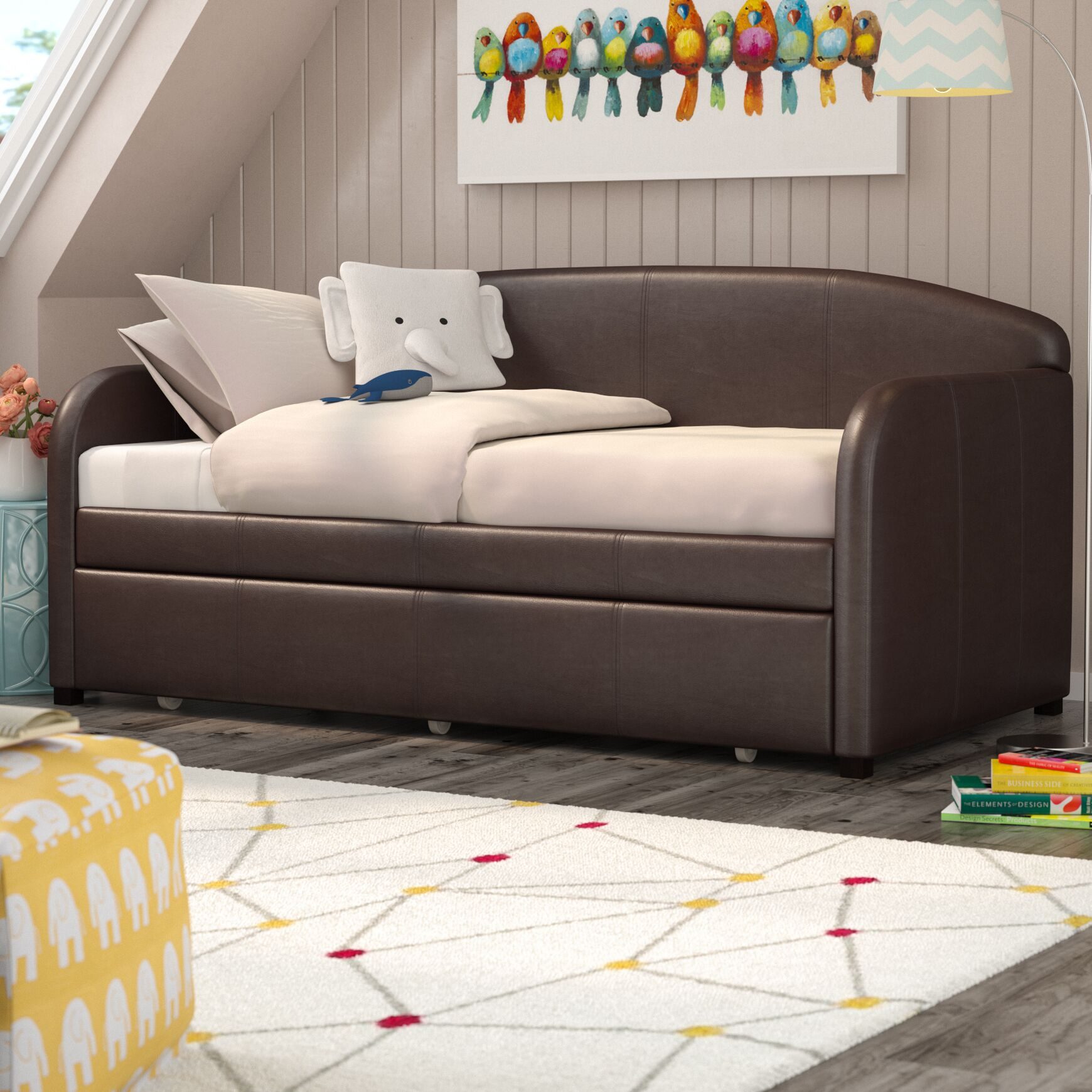 Richard Daybed Finish: Brown